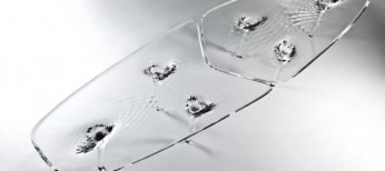 liquid-glacial-table-with-a-delicate-pattern-1-554x369